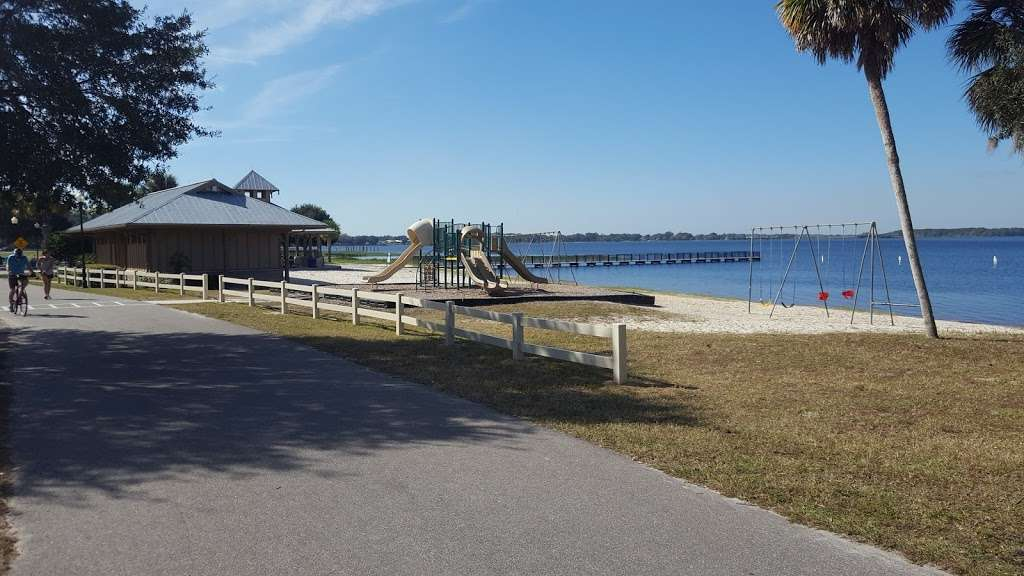 Waterfront Park - park  | Photo 9 of 10 | Address: 330 3rd St, Clermont, FL 34711, USA | Phone: (352) 394-3500