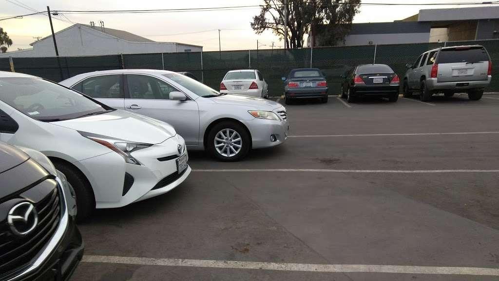 Dealers Choice Auto Auction Car Dealer 1241 E Burnett