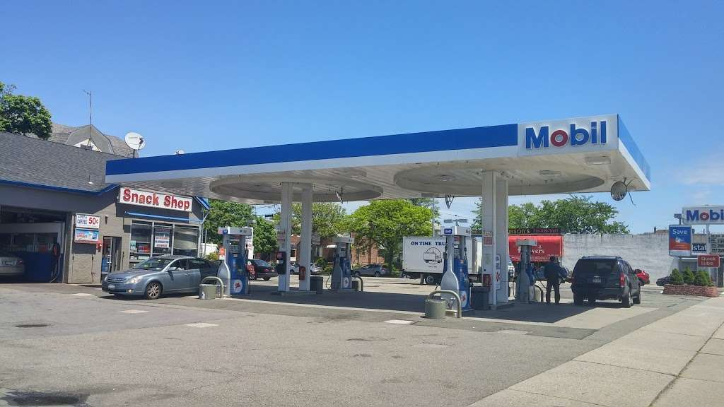 Mobil - gas station  | Photo 1 of 7 | Address: 172-11 Northern Blvd, Flushing, NY 11358, USA | Phone: (718) 939-4599