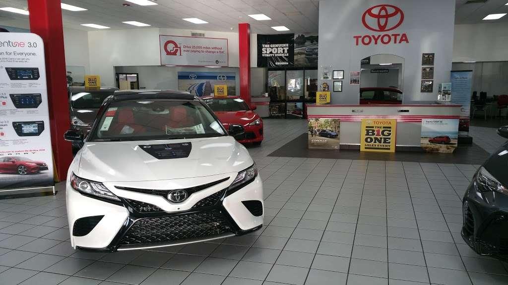 Palm Beach Toyota - car dealer  | Photo 7 of 10 | Address: 200 S Congress Ave, West Palm Beach, FL 33406, USA | Phone: (561) 701-9306
