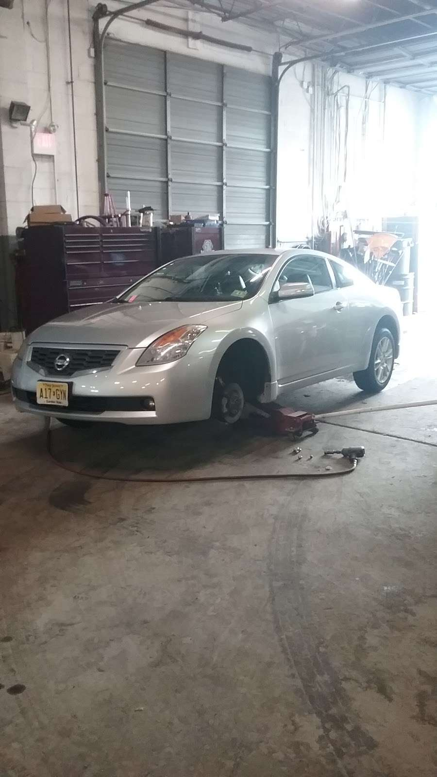 Mustang Stables - car repair  | Photo 4 of 5 | Address: 2260 New York Ave, Bensalem, PA 19020, USA | Phone: (215) 638-0777