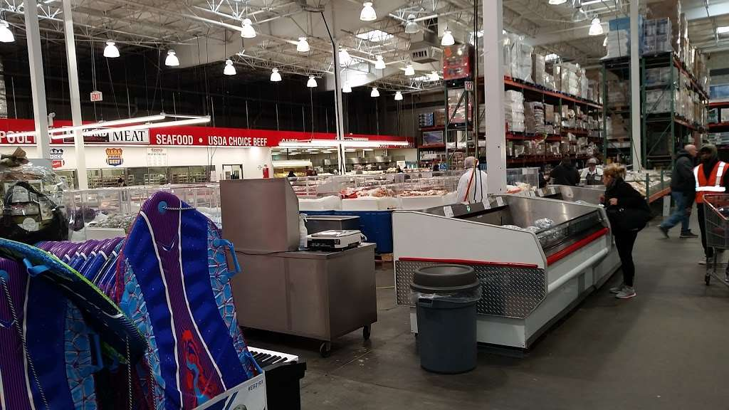 Costco Wholesale - department store  | Photo 9 of 10 | Address: 10 Garet Pl, Commack, NY 11725, USA | Phone: (631) 462-3900