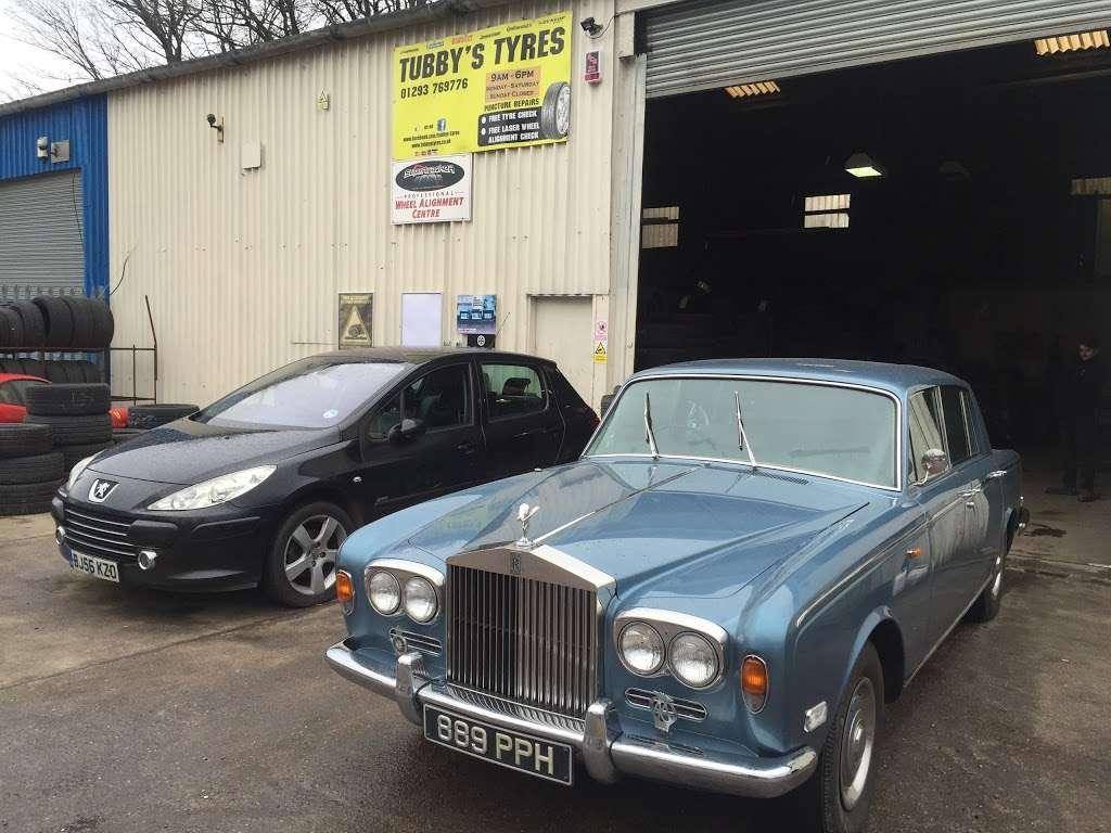 Tubbys Tyres - car repair  | Photo 5 of 10 | Address: Copthorne Rd, Copthorne, Crawley RH10 3PD, UK | Phone: 01293 769776