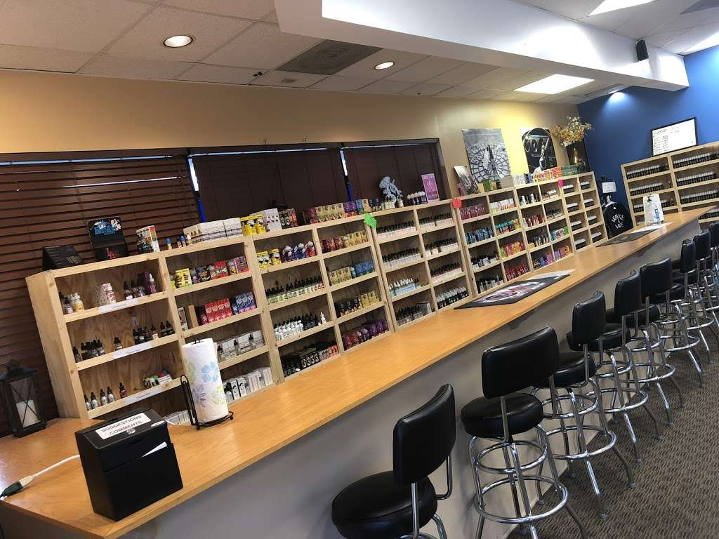 Vapor World - Store   7417 Metcalf Ave, Overland Park, KS 66204, USA
