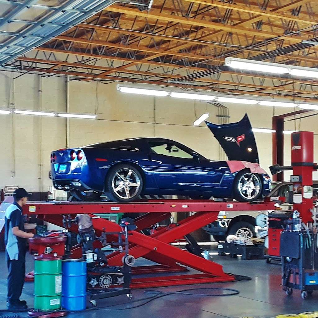 Ted Wiens Tire and Auto - car repair  | Photo 6 of 10 | Address: 7770 W Cheyenne Ave, Las Vegas, NV 89129, USA | Phone: (702) 939-8473