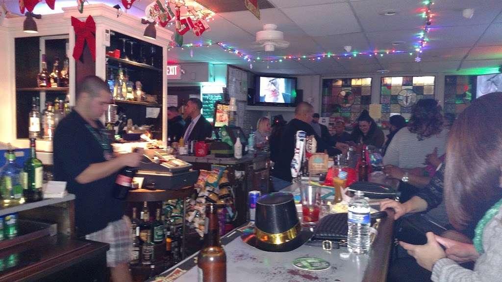 Pauls Bar & Bowling - bowling alley  | Photo 10 of 10 | Address: 377 Crooks Ave, Paterson, NJ 07503, USA | Phone: (973) 278-1982