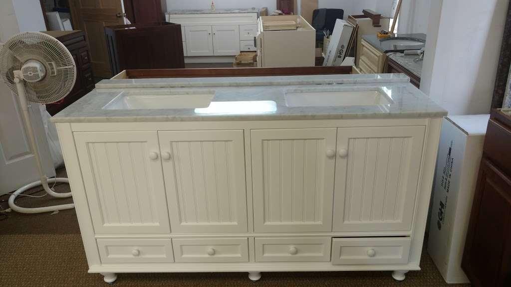 Blue Rock-Cabinets - furniture store  | Photo 5 of 10 | Address: 677 Estelle Dr, Lancaster, PA 17601, USA | Phone: (717) 368-7111