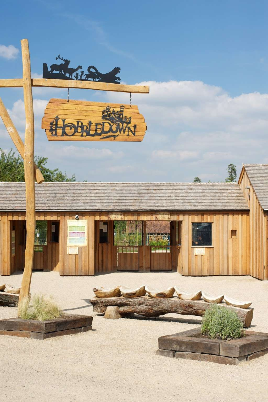 Hobbledown Adventure Farm Park and Zoo - zoo  | Photo 5 of 10 | Address: Horton Ln, Epsom KT19 8PT, UK | Phone: 01372 848990