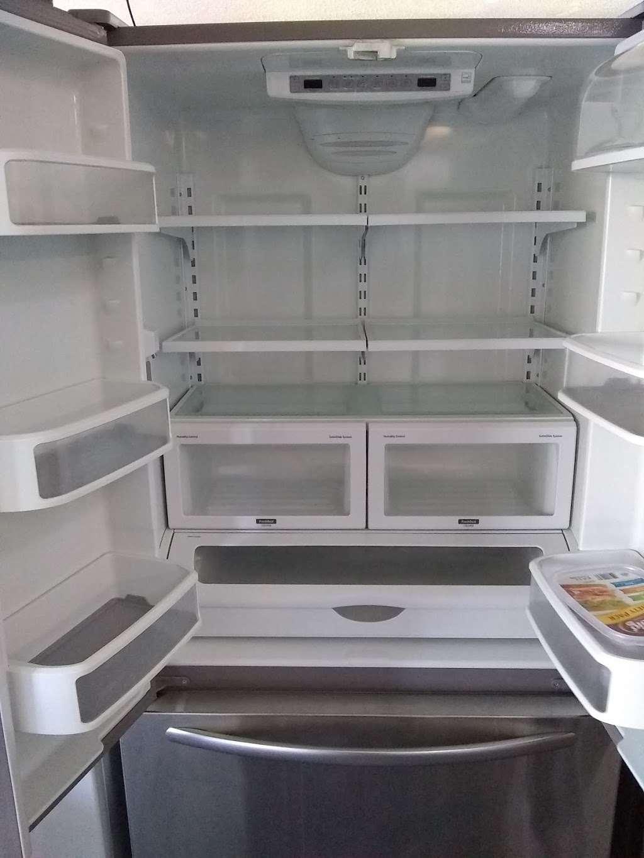 Inland Empire Refrigerators - home goods store  | Photo 6 of 10 | Address: 18018 E Foothill Blvd, Fontana, CA 92335, USA | Phone: (909) 695-7594