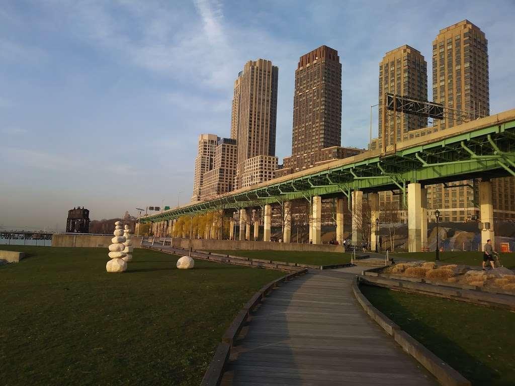 Riverside Park South - park  | Photo 6 of 10 | Address: Riverside Blvd, New York, NY 10069, USA | Phone: (212) 639-9675