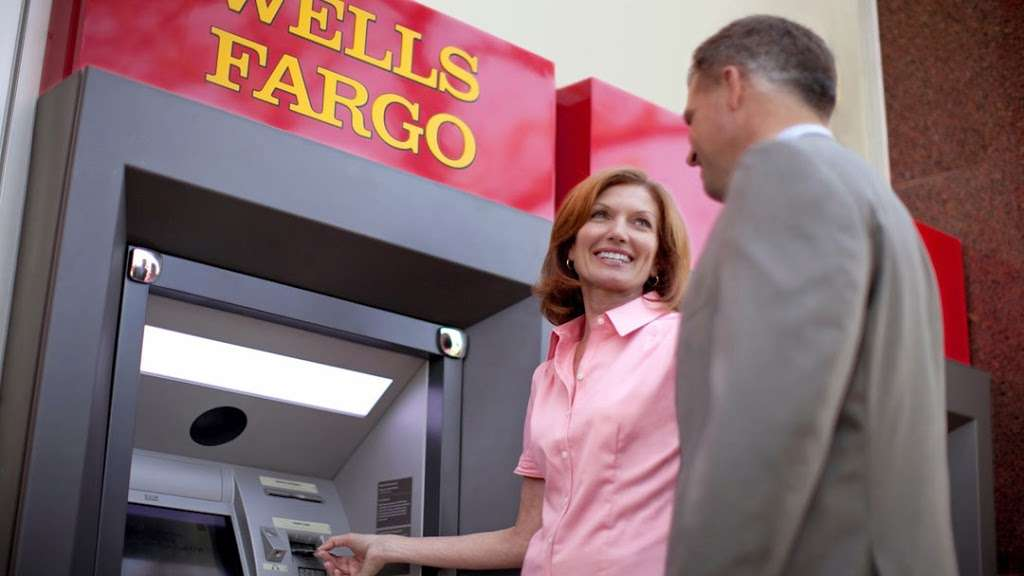 Wells Fargo ATM - atm  | Photo 1 of 2 | Address: 4800 Ave at Port Imperial, Weehawken, NJ 07086, USA | Phone: (800) 869-3557