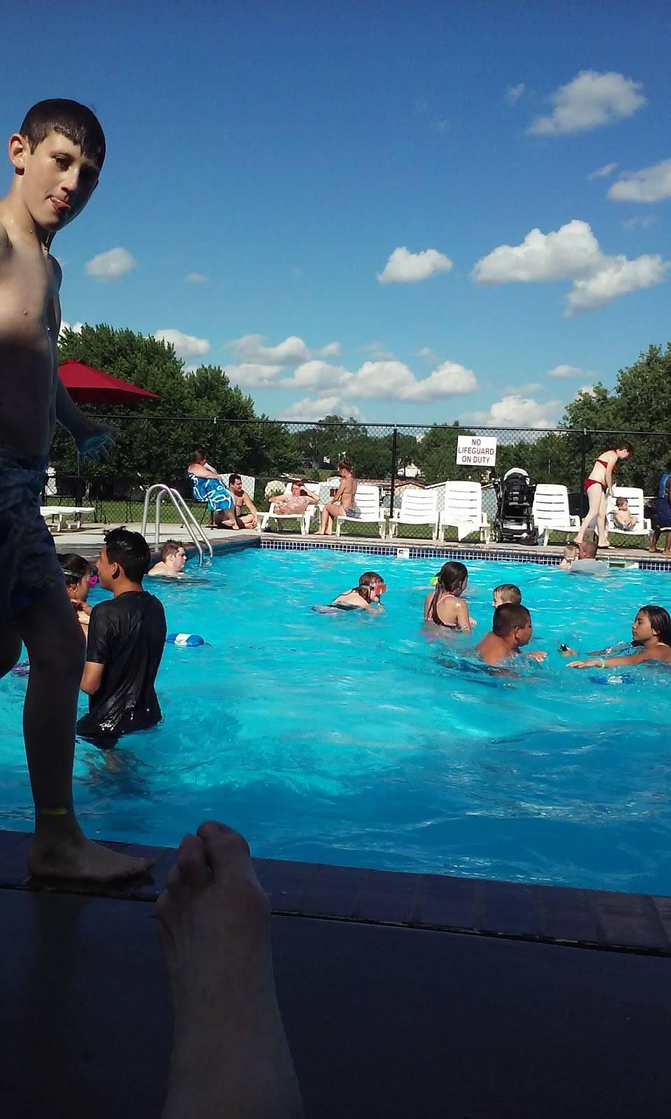 Heritage Oaks Mobile Home Park - rv park  | Photo 2 of 10 | Address: 2720 N 2nd St, Lincoln, NE 68521, USA | Phone: (402) 475-5572