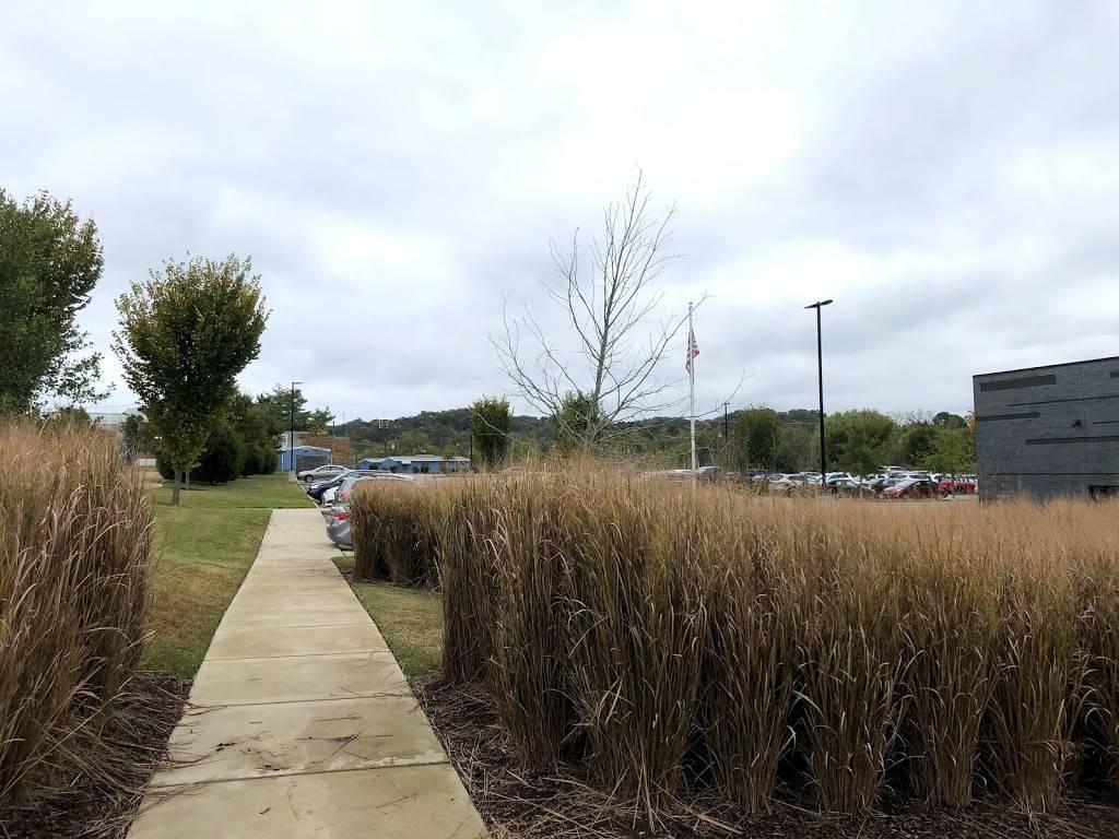 Nashville Public Library Bellevue Branch - library    Photo 3 of 9   Address: 720 Baugh Rd, Nashville, TN 37221, USA   Phone: (615) 862-5854