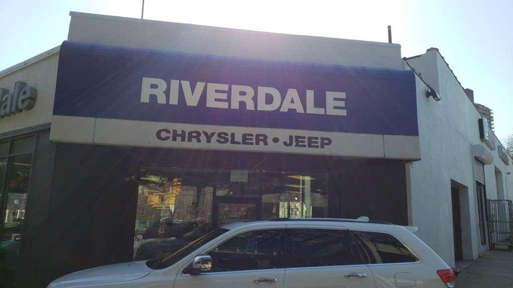Riverdale Chrysler Jeep Dodge Ram - car dealer  | Photo 3 of 10 | Address: 5869 Broadway, Bronx, NY 10463, USA | Phone: (718) 548-2800