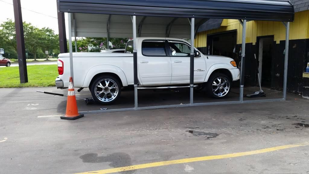 Used Tire Express - car repair  | Photo 10 of 10 | Address: 1788 Virginia Beach Blvd, Virginia Beach, VA 23454, USA | Phone: (757) 961-1244