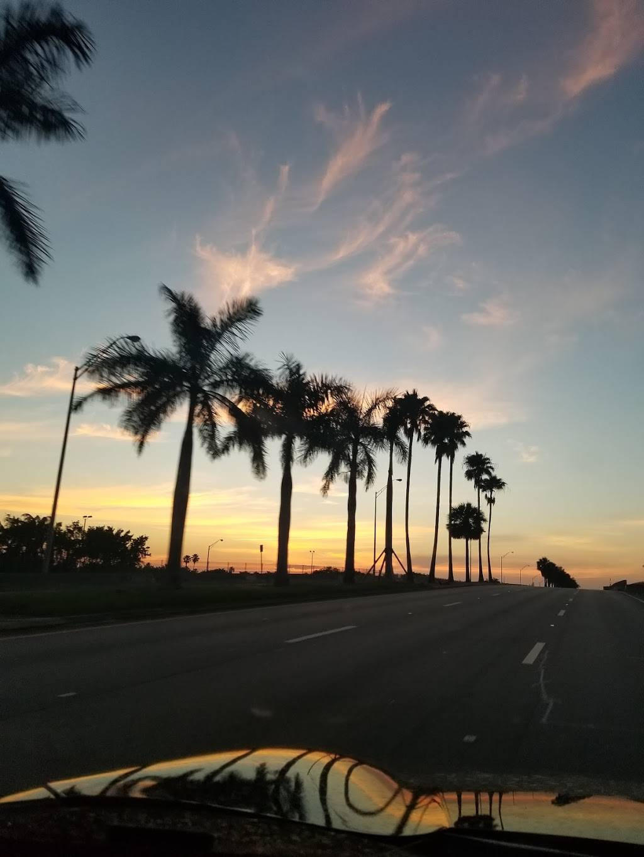 Devon Aire Park - park    Photo 5 of 8   Address: 10411 SW 122nd Ave, Miami, FL 33186, USA   Phone: (305) 270-4951