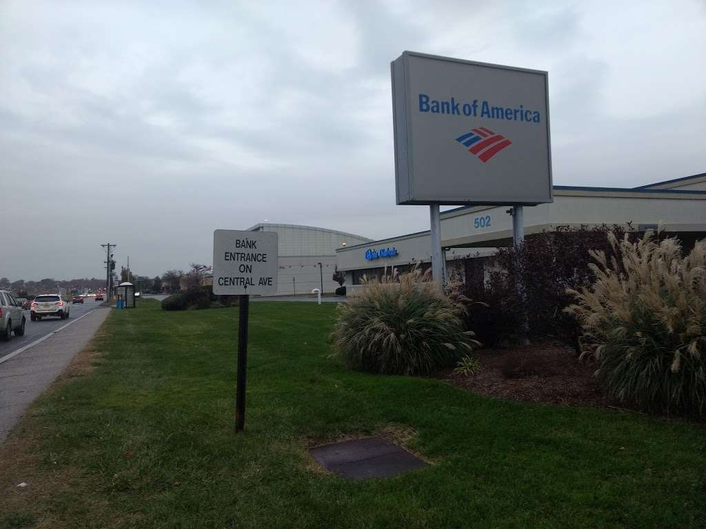 Bank of America Financial Center - bank    Photo 4 of 4   Address: 502 Central Ave, Teterboro, NJ 07608, USA   Phone: (201) 288-8000