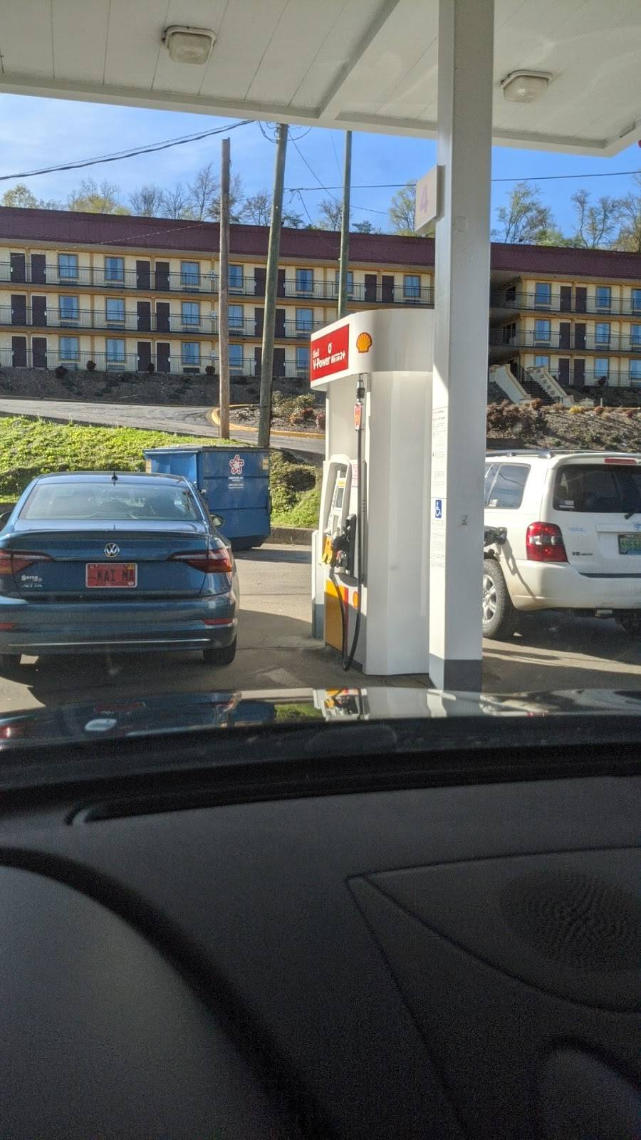 Shell - gas station  | Photo 2 of 2 | Address: 620 Decatur Hwy, Fultondale, AL 35068, USA | Phone: (205) 841-7145