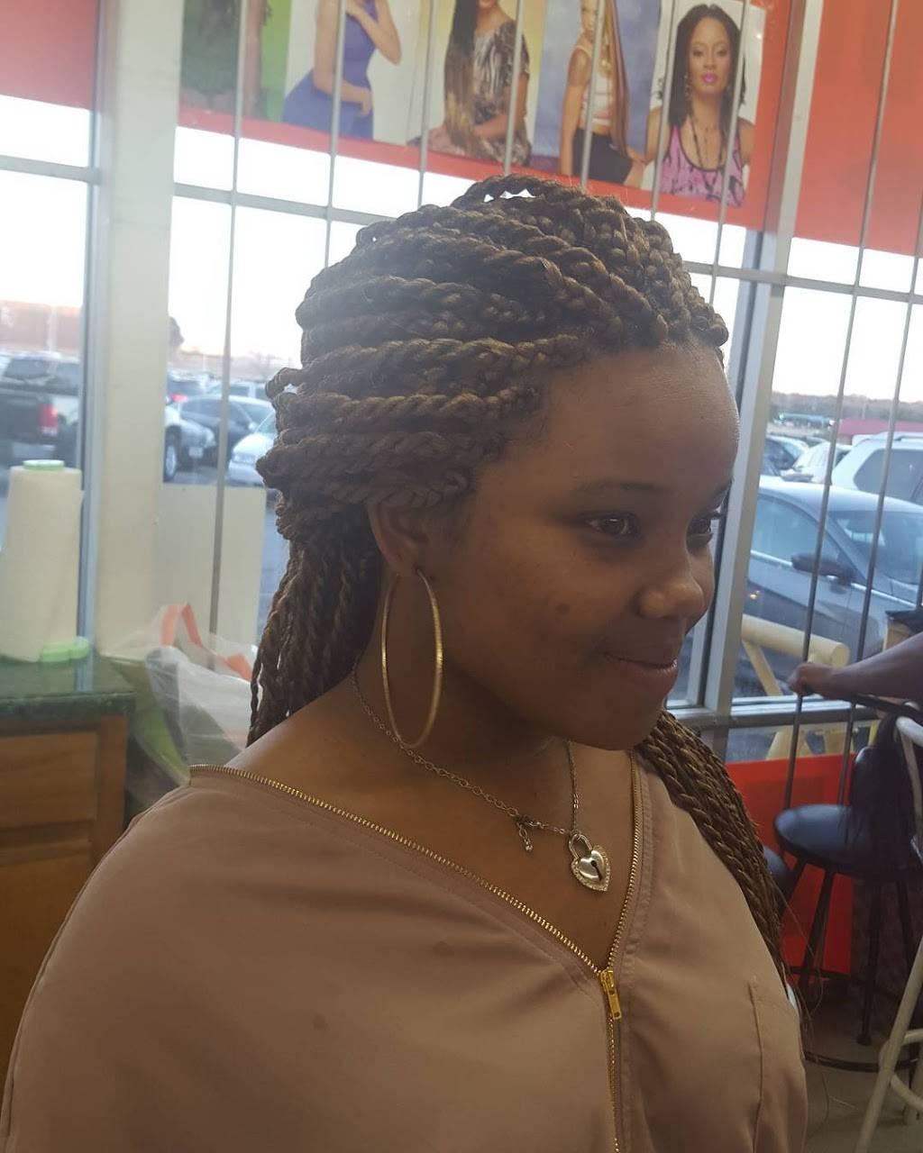 Taslim African Hair Braiding - hair care  | Photo 5 of 10 | Address: 4515 Village Fair Dr, Dallas, TX 75224, USA | Phone: (214) 371-2002