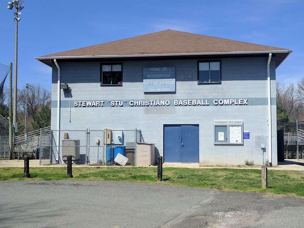 Veterans Memorial Park - park  | Photo 2 of 10 | Address: 14300 Veterans Dr, Woodbridge, VA 22191, USA | Phone: (703) 792-8794