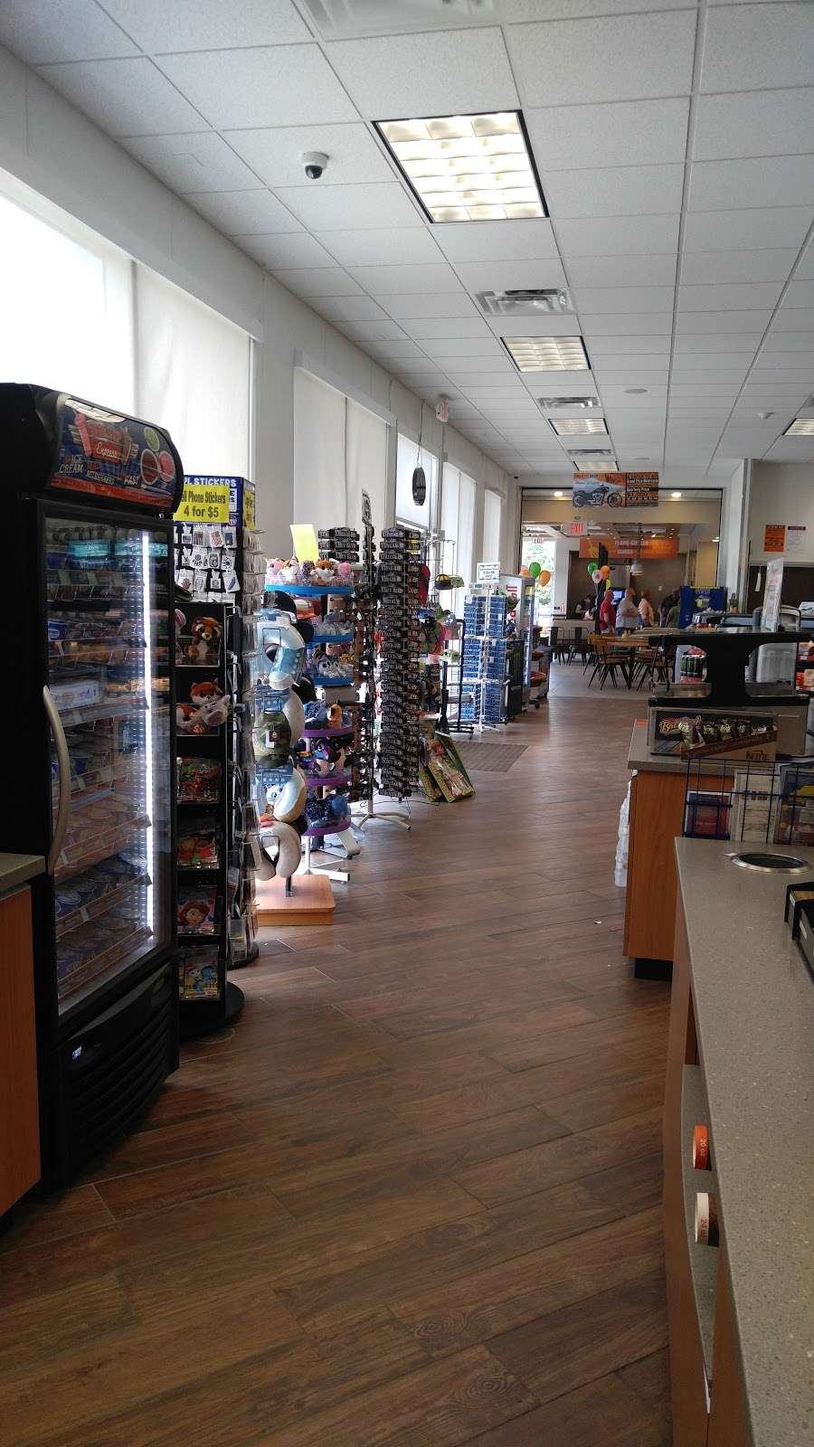 Liberty Travel Plaza- Blakeslee - gas station  | Photo 2 of 10 | Address: 100 Commercial Blvd, Blakeslee, PA 18610, USA | Phone: (570) 643-1000