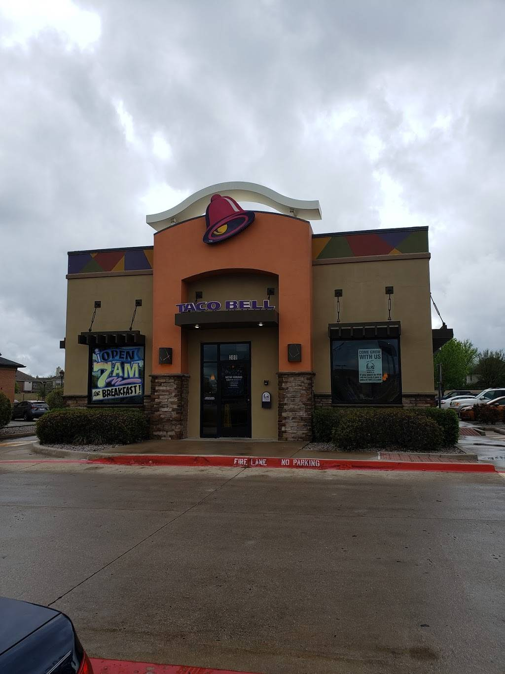 Taco Bell - meal takeaway  | Photo 1 of 9 | Address: 380 E Stacy Rd, Allen, TX 75002, USA | Phone: (214) 383-9006