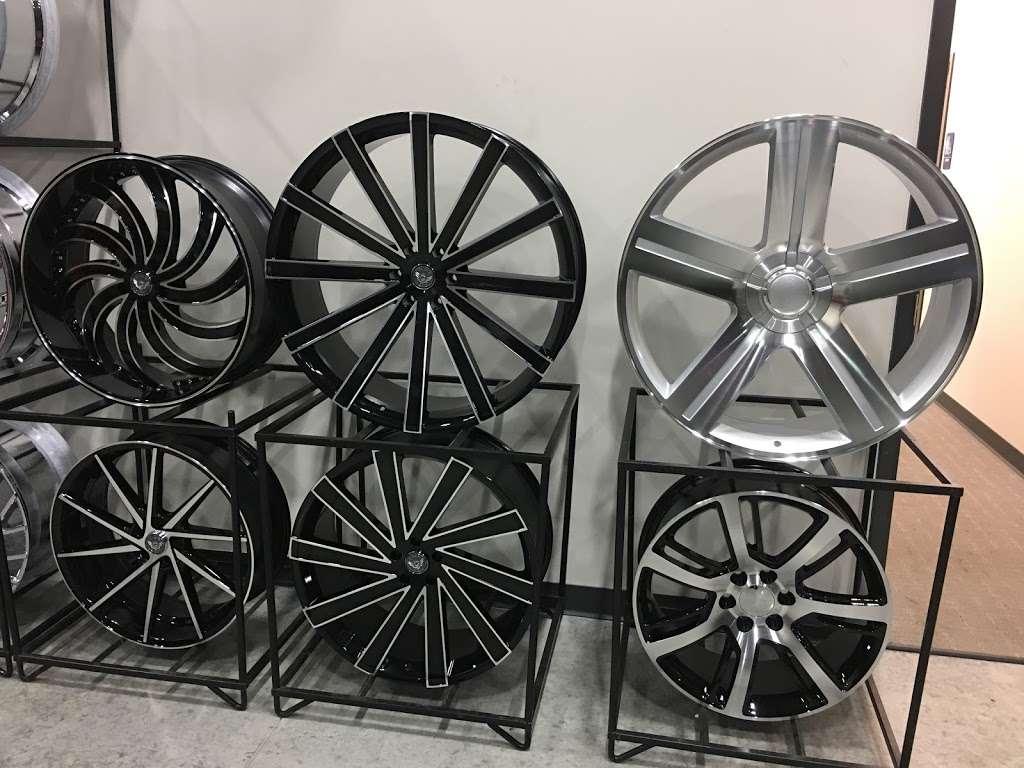 Rim Shop The Chrome Depot Wheels Tires Financing - car repair  | Photo 1 of 10 | Address: 1626 S Cicero Ave, Cicero, IL 60804, USA | Phone: (708) 776-3119
