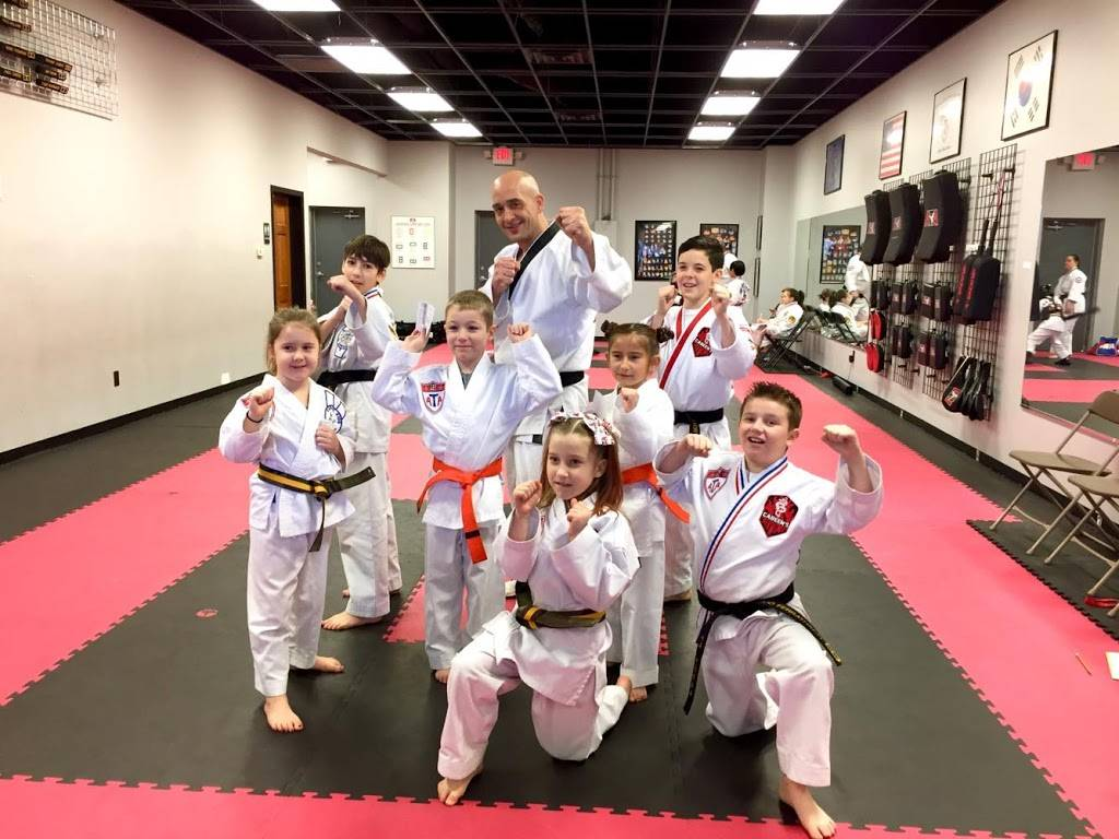 Dupont Taekwondo - health  | Photo 2 of 8 | Address: 8804 Coldwater Rd, Fort Wayne, IN 46825, USA | Phone: (260) 490-1282