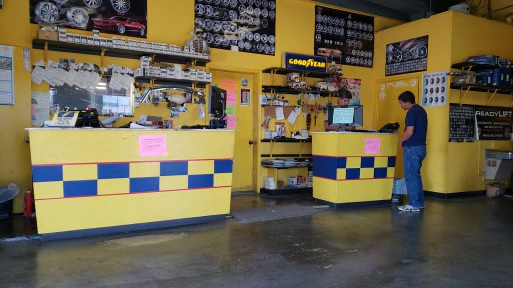 Ramirez Tires - car repair  | Photo 4 of 6 | Address: 3210 Jaime Zapata Memorial Hwy, Laredo, TX 78046, USA | Phone: (956) 724-2040