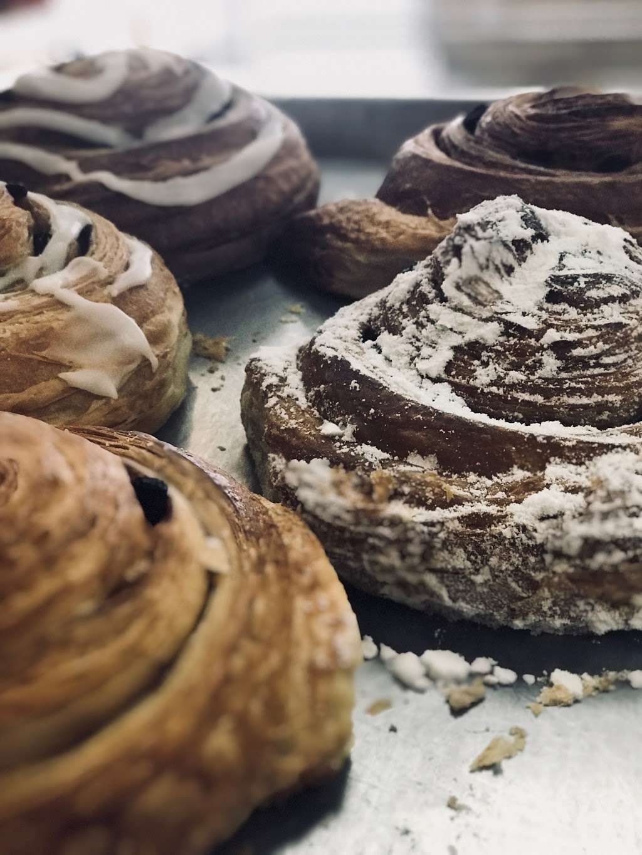 Pams Donuts - bakery  | Photo 3 of 10 | Address: 10255 Mission Boulevard C, Riverside, CA 92509, USA | Phone: (951) 360-1322