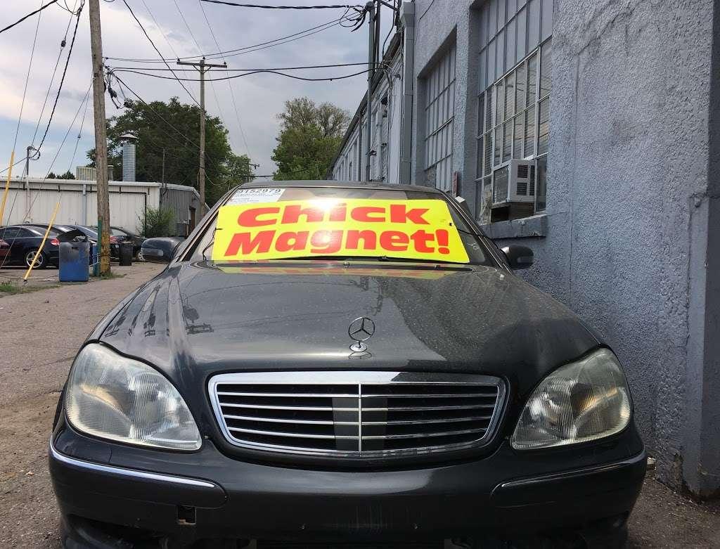 A & B Auto - car dealer  | Photo 6 of 10 | Address: 5700 W Colfax Ave, Lakewood, CO 80214, USA | Phone: (303) 274-1400