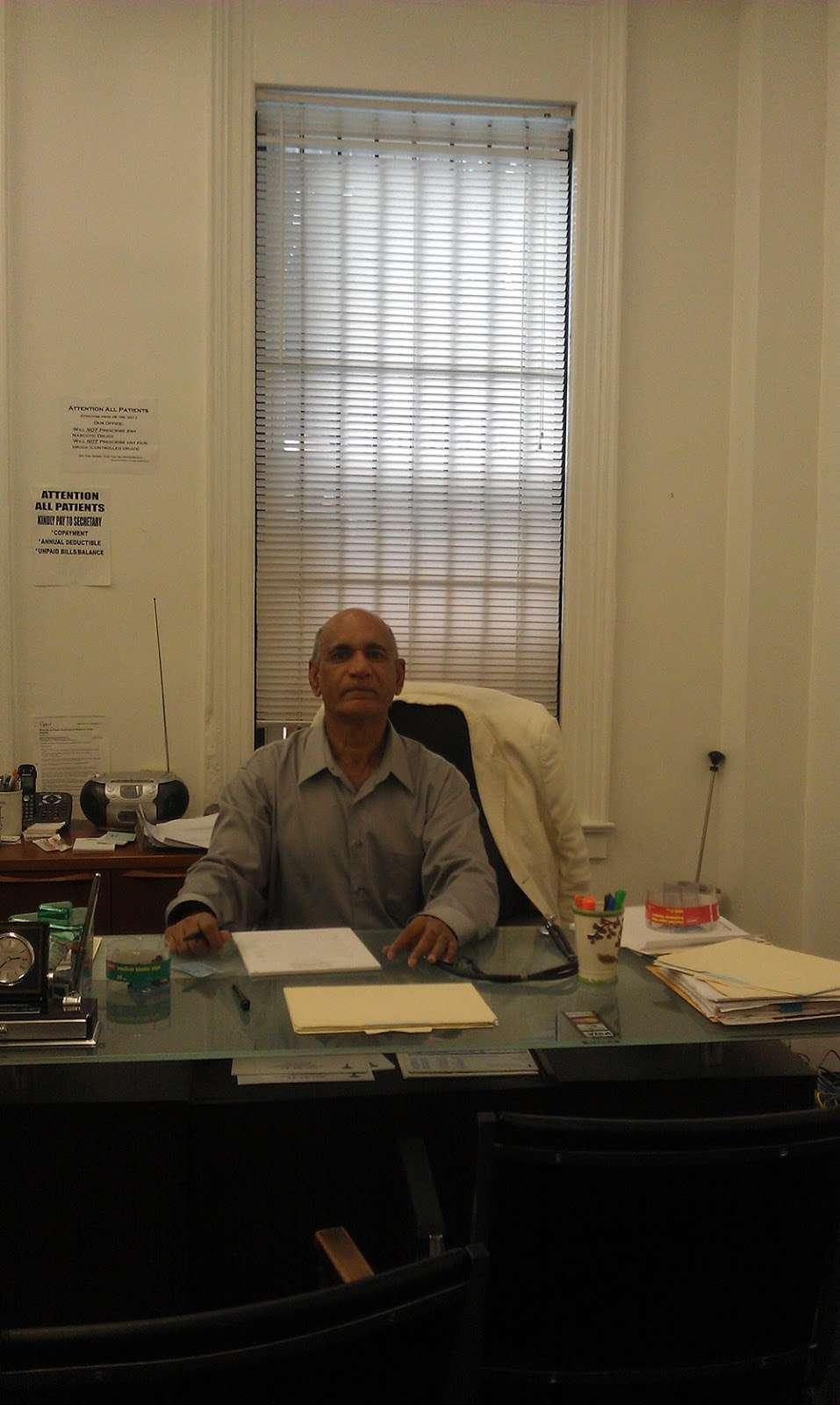 ET Diabetes Center Brooklyn NY: Kumar Shah, M.D. - doctor  | Photo 7 of 10 | Address: 326 Livingston St, Brooklyn, NY 11217, USA | Phone: (718) 395-2631