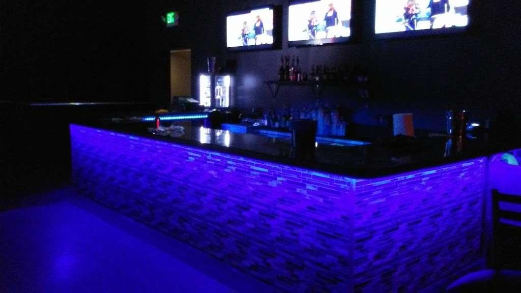 The Mansion Nightclub - night club    Photo 1 of 10   Address: 3801 W Lake St, Stone Park, IL 60165, USA   Phone: (708) 223-8605