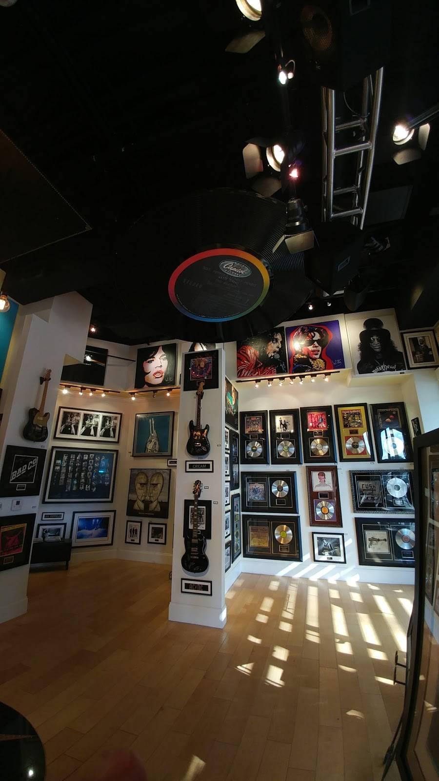 ROCK STAR gallery - shopping mall  | Photo 5 of 7 | Address: 15211 N Kierland Blvd #160, Scottsdale, AZ 85254, USA | Phone: (480) 275-4501