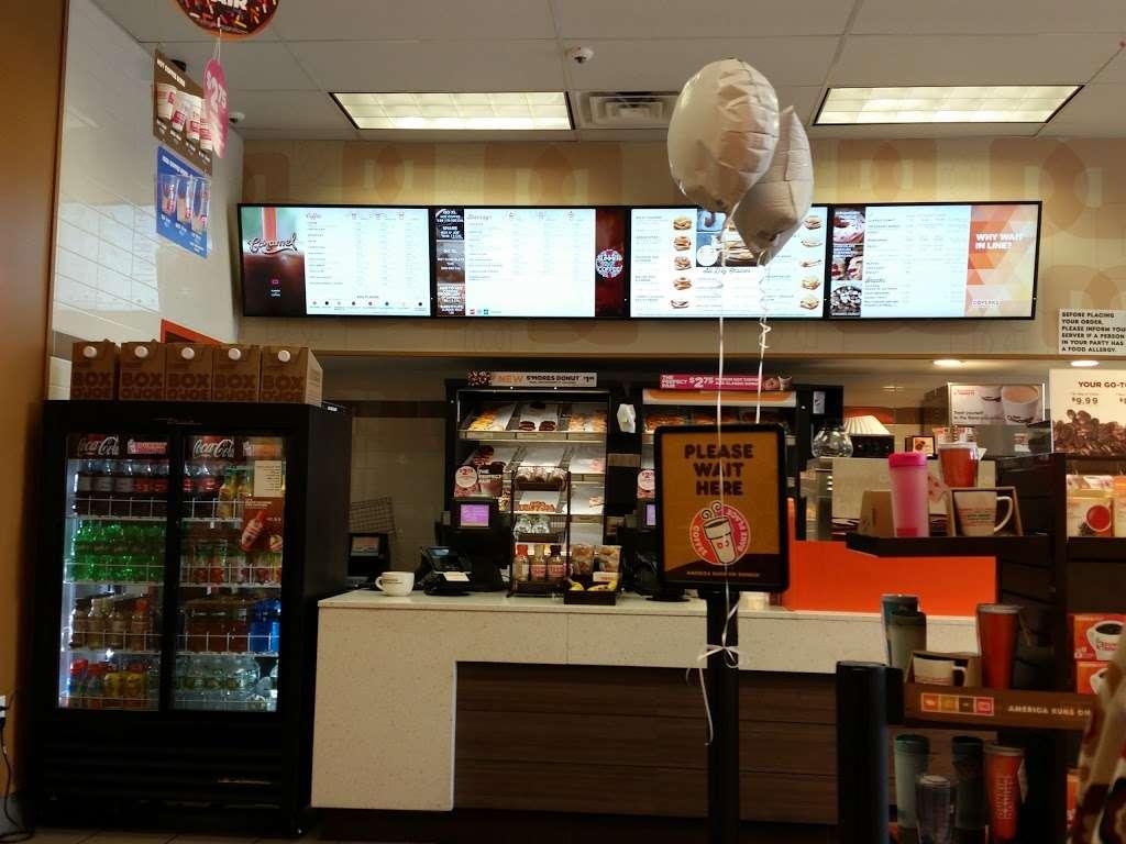 Dunkin Donuts - cafe  | Photo 2 of 10 | Address: 1039 US-46, Ledgewood, NJ 07852, USA | Phone: (973) 927-1044