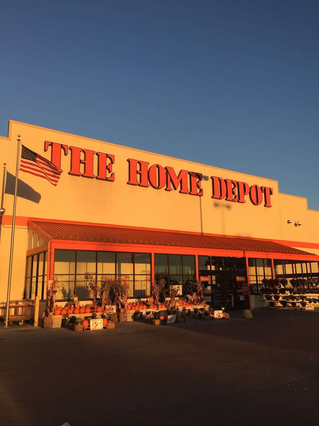 The Home Depot - hardware store    Photo 4 of 10   Address: 200-232 W 87th St, Chicago, IL 60620, USA   Phone: (773) 602-1301