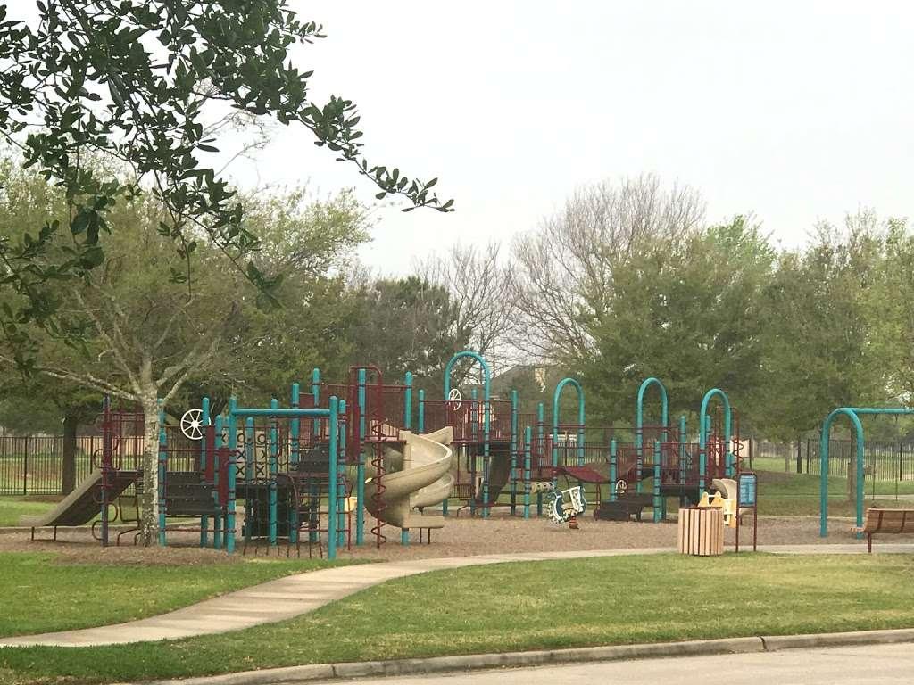 Sedona - Ralston Bend Park - park  | Photo 3 of 10 | Address: Ralston Bend Ln, Katy, TX 77494, USA