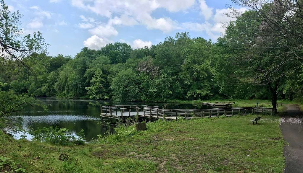 Heritage Park Boardwalk - park    Photo 5 of 10   Address: Cove Rd, Pennsauken Township, NJ 08110, USA