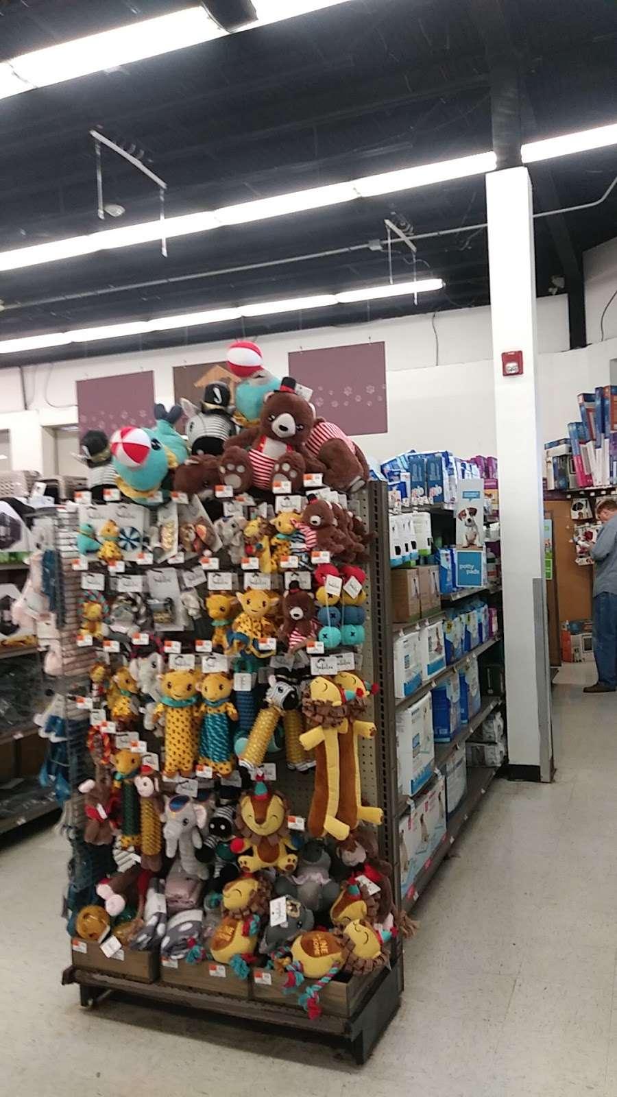 Petco Animal Supplies - store    Photo 6 of 10   Address: 780 Rte 3 West, Clifton, NJ 07012, USA   Phone: (973) 472-3344