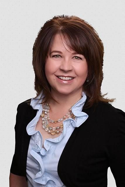 Lisa Pedigo, Real Estate Agent - real estate agency  | Photo 3 of 4 | Address: 7002 S Staples St, Corpus Christi, TX 78414, USA | Phone: (806) 236-7567