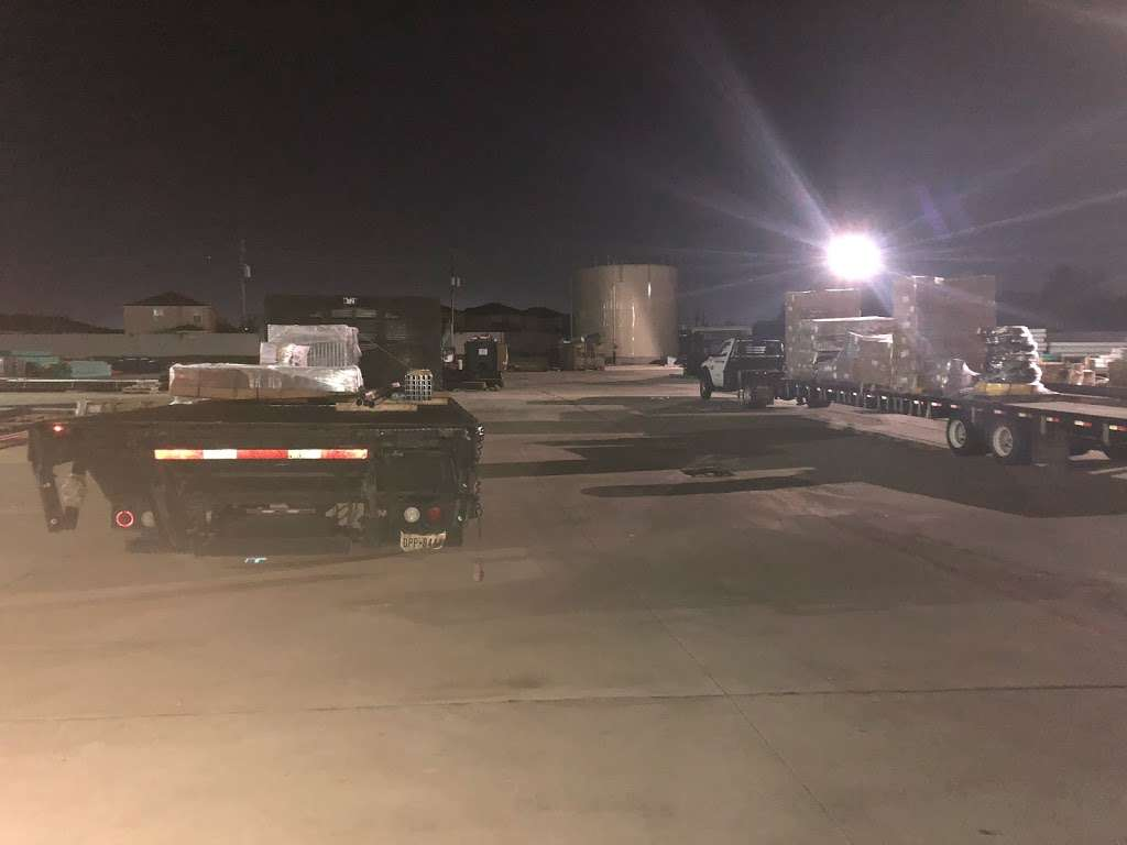 Ferguson Plumbing Supply - home goods store  | Photo 3 of 5 | Address: 1842 Airport Blvd, Houston, TX 77051, USA | Phone: (832) 742-2266