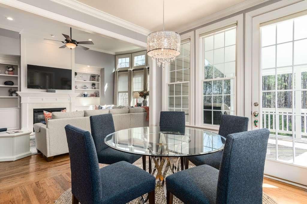 The Hoeke Team, REALTORS at Barr & Associates Real Estate, LLC - real estate agency  | Photo 1 of 10 | Address: 210D Genesis, Webster, TX 77598, USA | Phone: (832) 713-1299