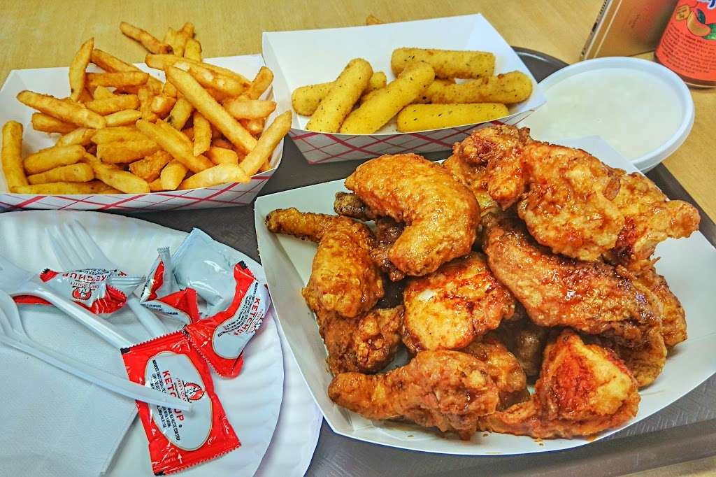 Boom Boom Chicken - restaurant  | Photo 4 of 10 | Address: 36 Park Ave, Rutherford, NJ 07070, USA | Phone: (201) 438-1124
