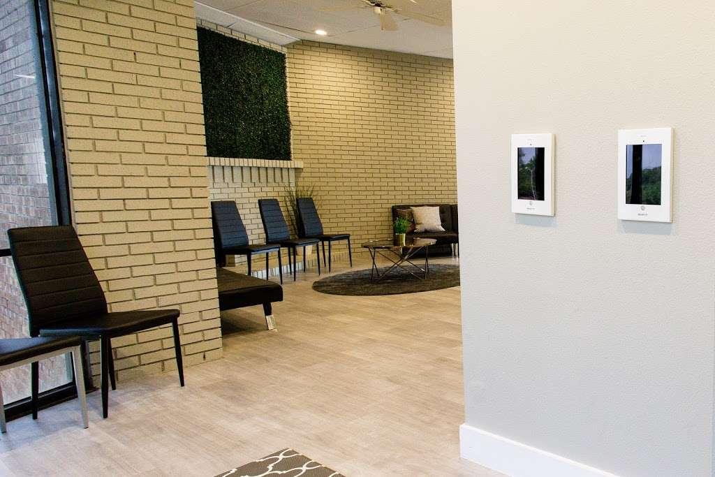 Royal Lane Dental Center - dentist  | Photo 1 of 8 | Address: 8499 Greenville Ave #210, Dallas, TX 75231, USA | Phone: (469) 904-2080