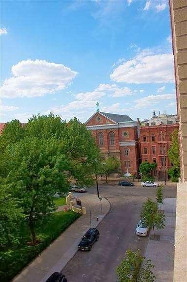 Hamilton Square Condominiums - real estate agency  | Photo 5 of 5 | Address: 232 Pavonia Ave, Jersey City, NJ 07302, USA | Phone: (201) 434-1000