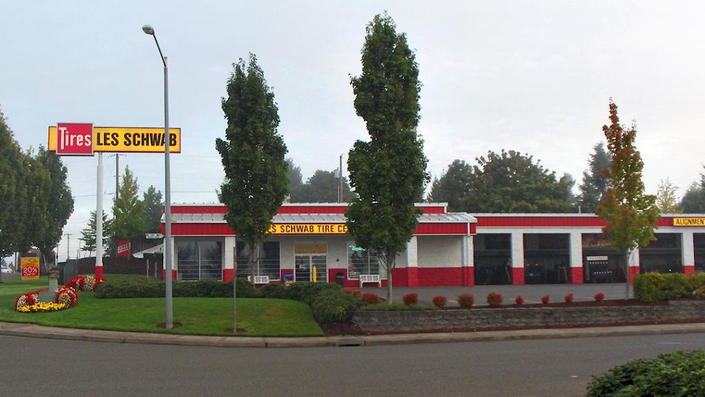 Les Schwab Tire Center - car repair    Photo 1 of 9   Address: 11804 NE 78th Way, Vancouver, WA 98682, USA   Phone: (360) 260-9771