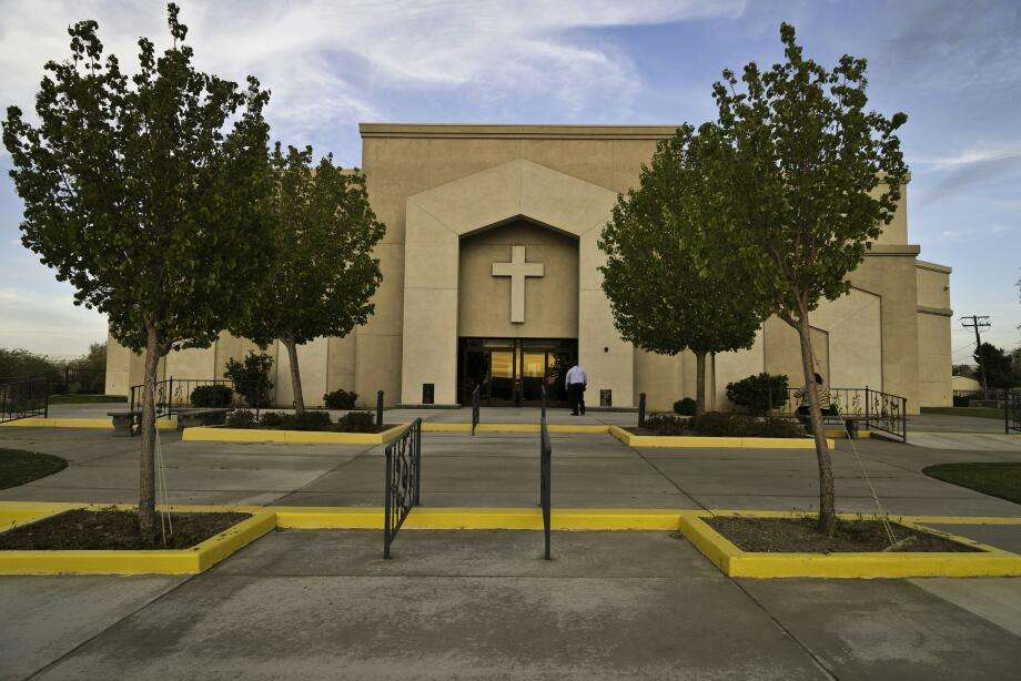 Living Stone Cathedral of Worship - church  | Photo 1 of 10 | Address: 37721 100th St E, Littlerock, CA 93543, USA | Phone: (661) 944-4128