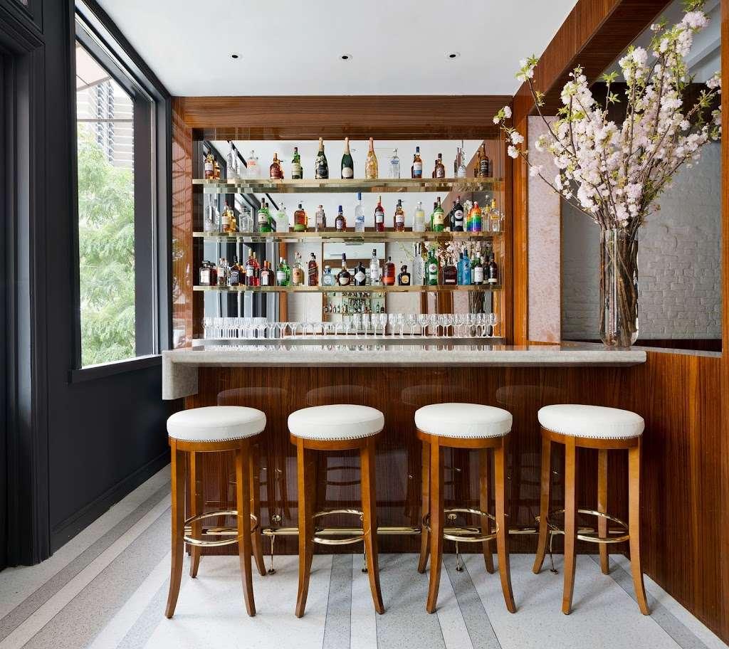 Bellini - restaurant  | Photo 6 of 10 | Address: 33 Peck Slip, New York, NY 10038, USA | Phone: (929) 263-0413