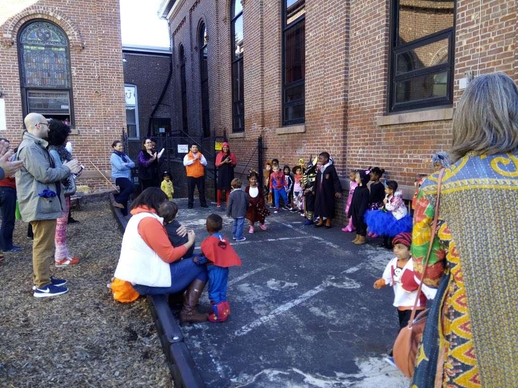 Bergen-Lafayette Montessori School - school  | Photo 2 of 6 | Address: 324 Communipaw Ave, Jersey City, NJ 07304, USA | Phone: (201) 706-3403