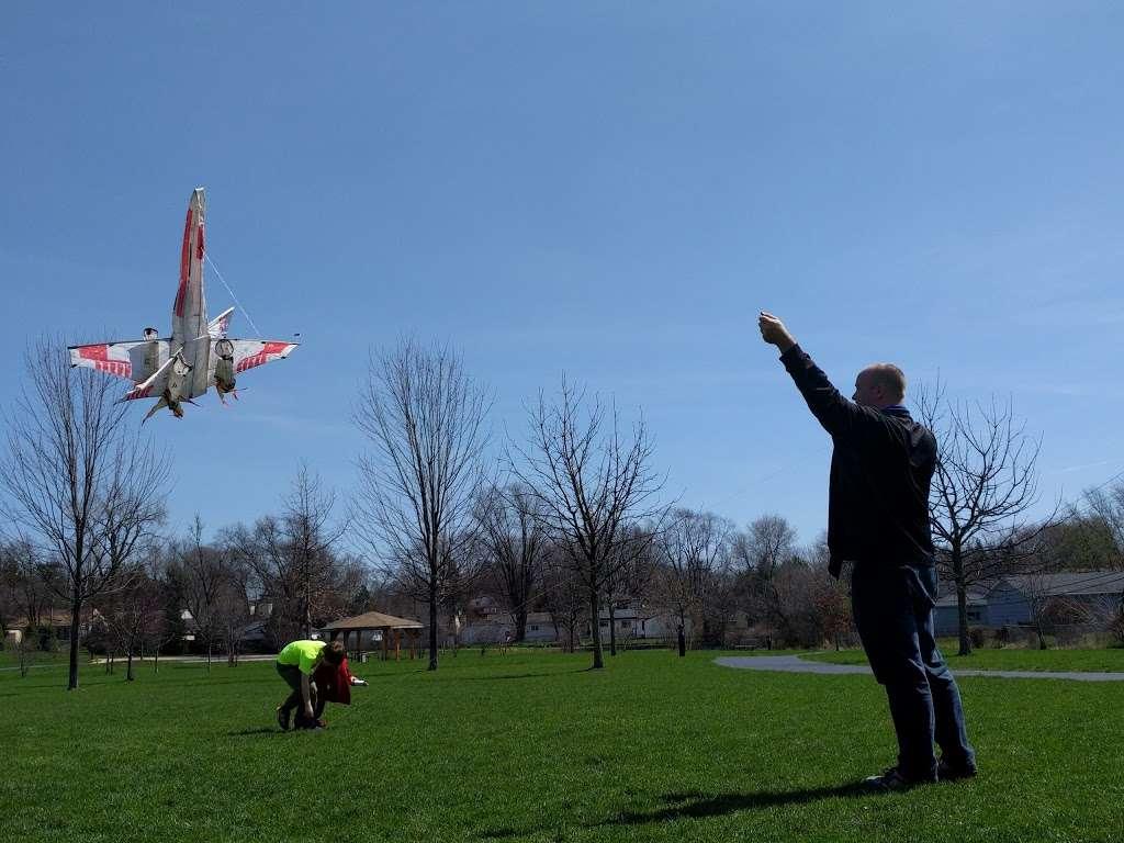 Harold Reskin Park - park  | Photo 5 of 5 | Address: Glendale Heights, IL 60139, USA